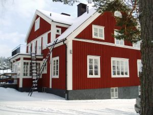 Bergshamra bygdegård i vinterskrud